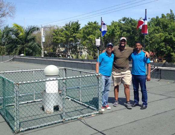 Jenuel Almonte, Juan Salado, and Edgar Ulerio of ONAMET at site SROD. Photo by John Sandru.