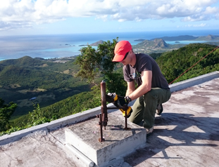UNAVCO installs COCONet cGPS site CN01 and upgrades sites BGGY and CN00 in Antigua and Barbuda