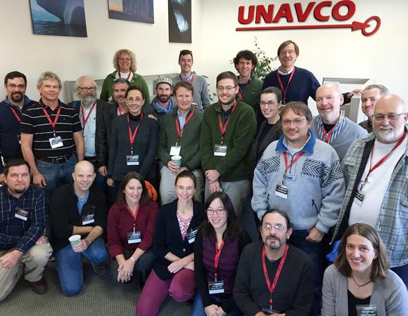 Field education workshop participants. (Photo by Joe Pettit, UNAVCO)