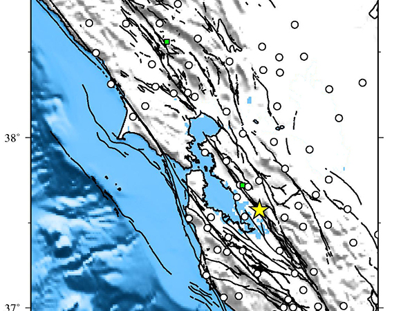 Map showing Plate Boundary Observatory continuous GPS stations near the epicenter (yellow star) of the 2015-07-21 Mw 4.0 earthquake 3km NNE of Fremont, California. Downloaded stations are shown in green. (Figure by Christine Puskas, UNAVCO.)