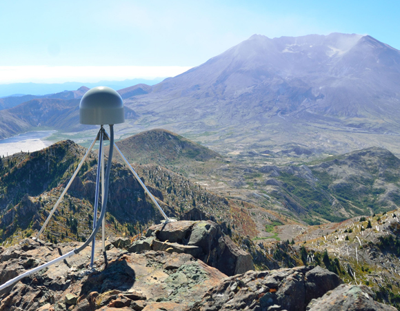 EarthScope Plate Boundary Observatory station P694, Coldwater Peak. This station and two others were upgraded from 8-battery power enclosures to 20-battery huts. (Photo by Mike Gottlieb, UNAVCO)