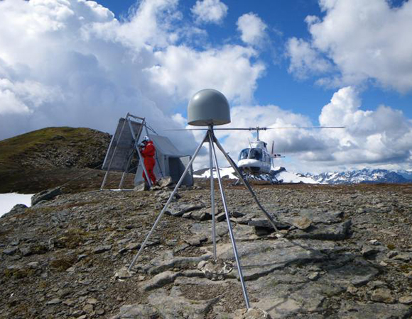 Station maintenance at EarthScope Plate Boundary Observatory GPS station AC47, Slope Mountain, supported via helicopter. (Photo/Doerte Mann, UNAVCO)