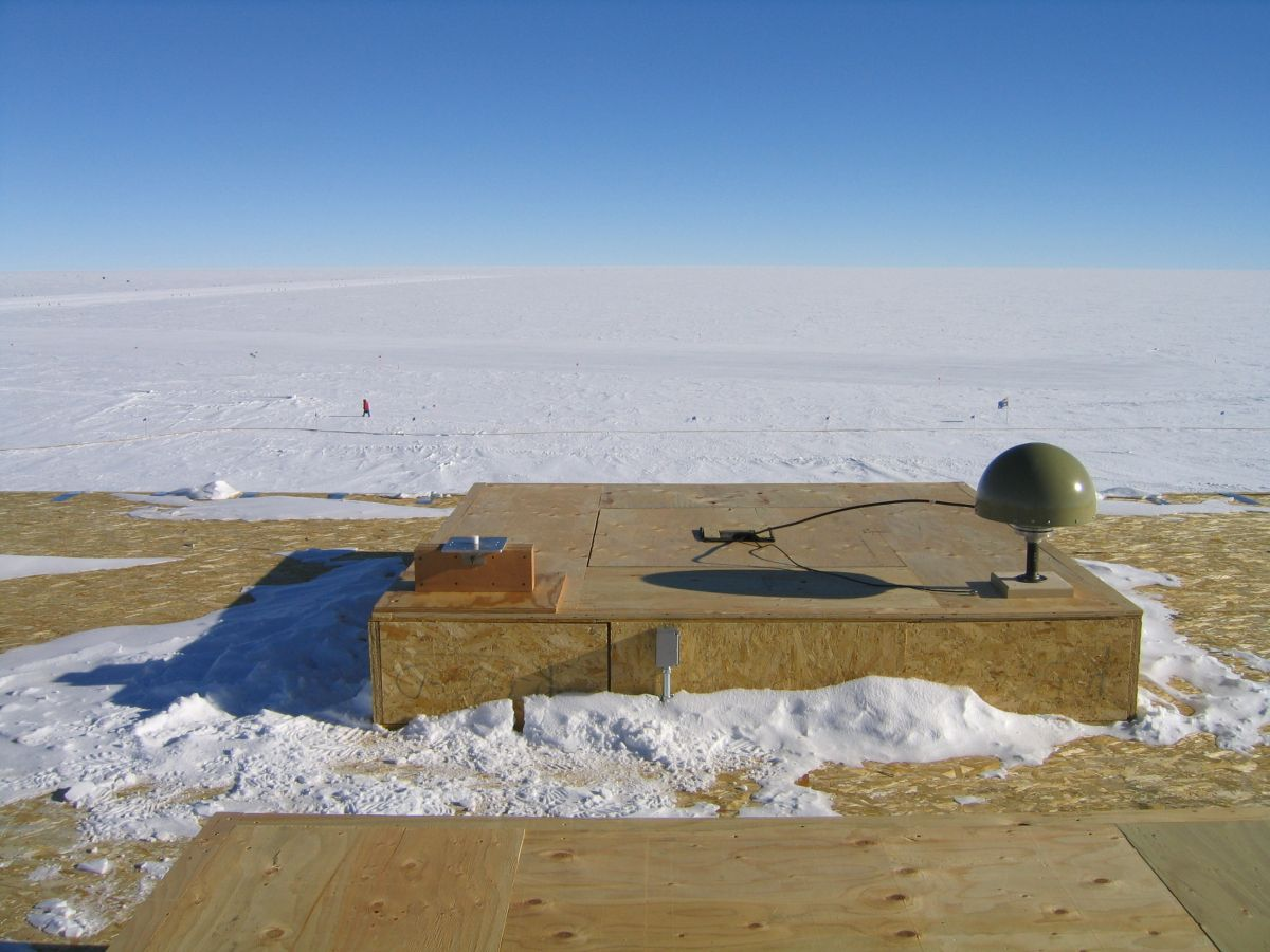 south pole gps base station