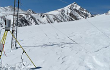 Measuring Snow Properties with Laser Scanning and Radar