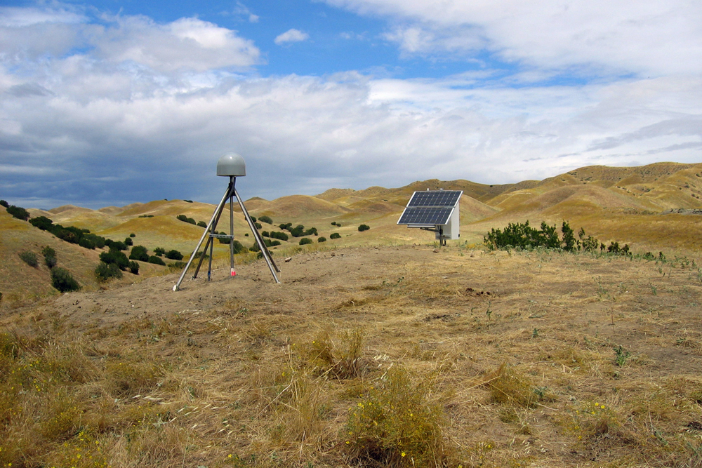 Plate Boundary Observatory as a Hydrological Network to Monitor Drought