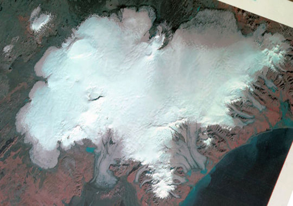Landsat 1 satellite image from NASA, 22.09.1973. Vatnajökull Ice Cap, Iceland: Bárðarbunga Volcano is top left