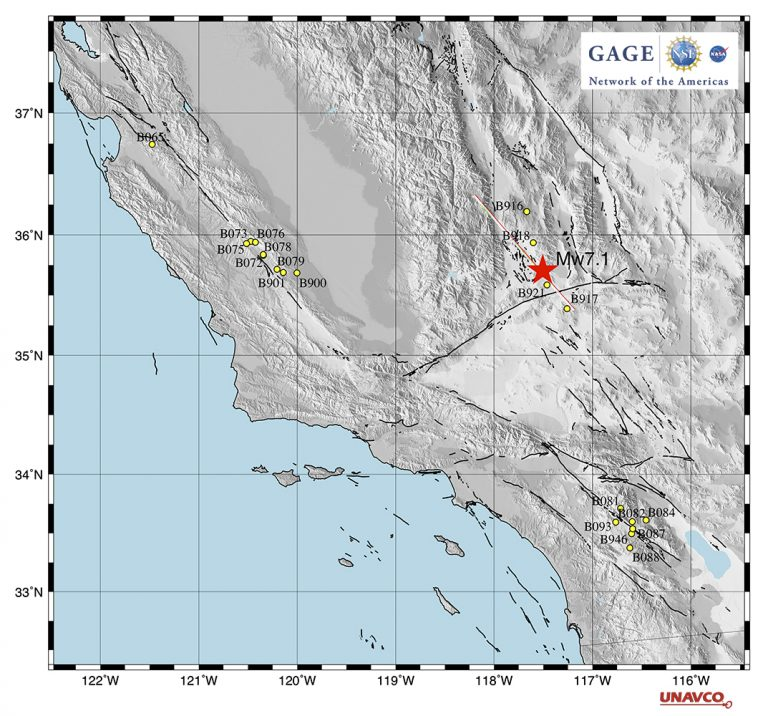 Map of closest borehole subnetworks and earthquake epicenter